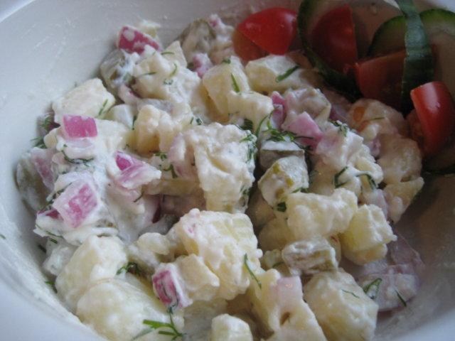 Reseptikuva: Helppo perunasalaatti 1