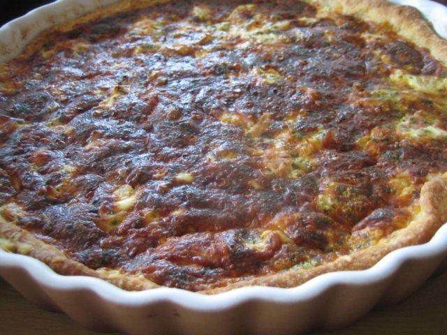 Kinkku-juustopiirakka