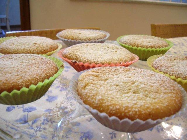 Sitruuna muffinsit