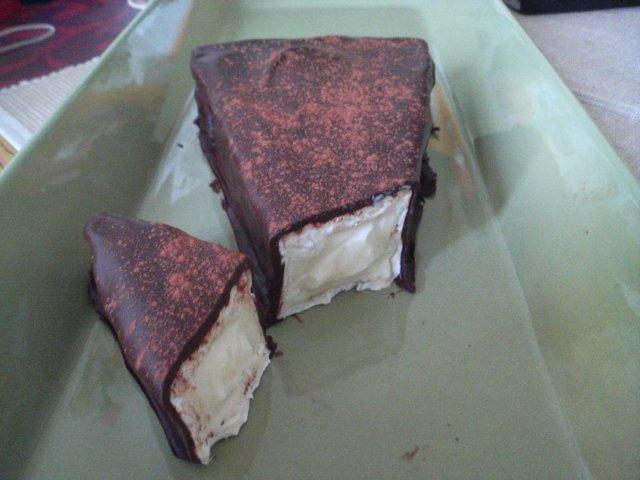 Chilisuklaa brié 1