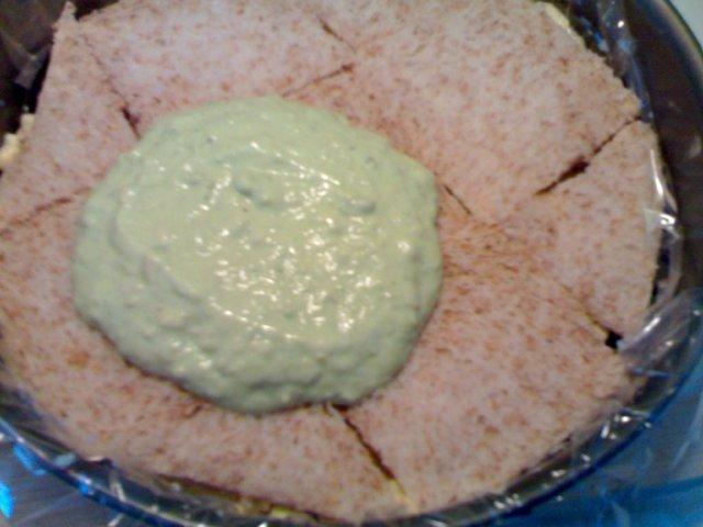 Vihreä voileipäkakku 6