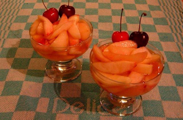 Herkulliset persikat 1