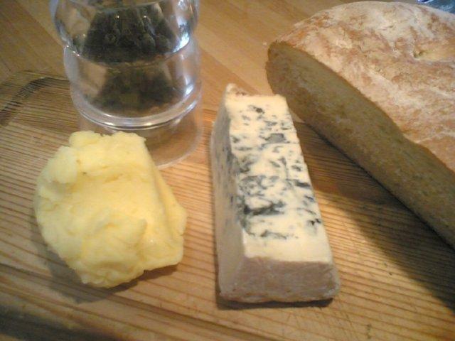 Pienet roquefortvoileipäset 1