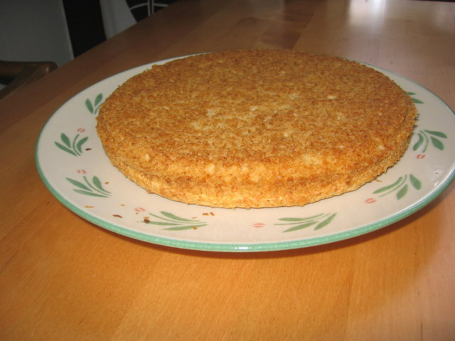 munaton, gluteeniton ja maidoton kakkupohja