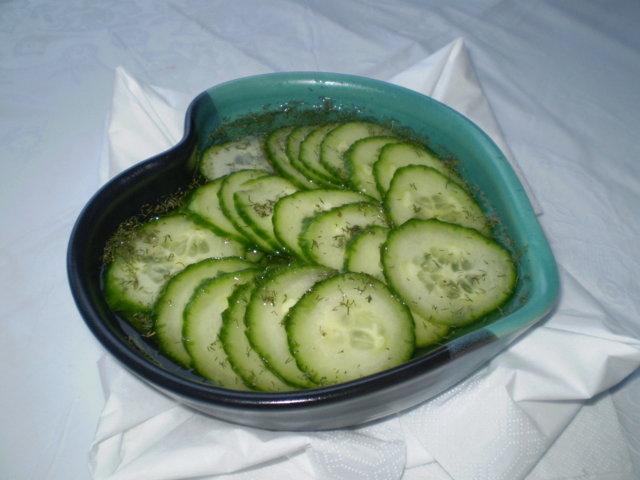 Reseptikuva: Kevyt kurkkusalaatti 1