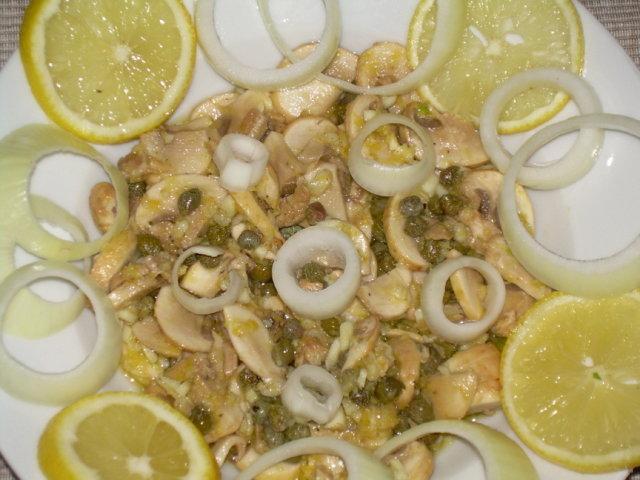 Sitruuna-valkosipuli herkkusienet