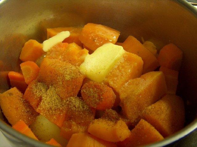 Reseptikuva: Bataatti-porkkana-perunavuoka 31.12.07 1