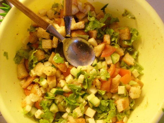 Maistuva salaatti 1