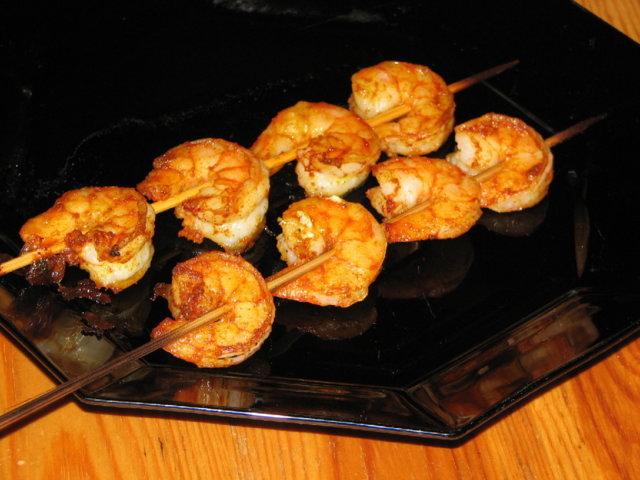 Katkarapuja vartaissa grilliin tai uuniin