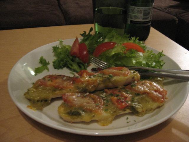 Reseptikuva: Pesto-mozzarella patongit 1