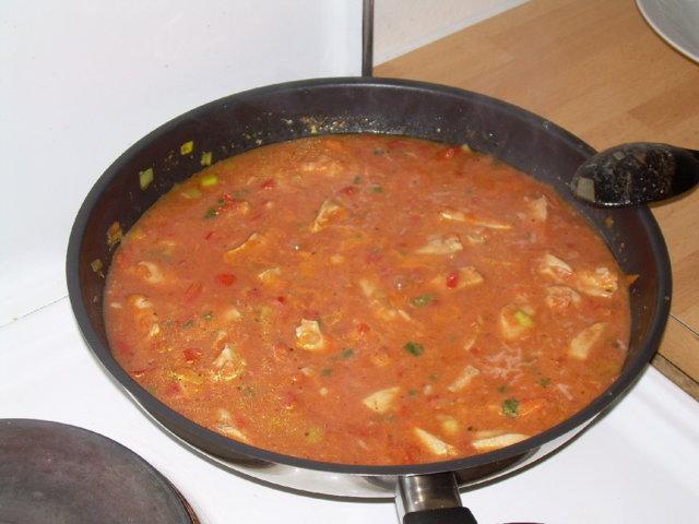 Tomaattinen kanapata 2