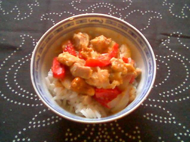 Kanaa currykookoskastikkeessa 1