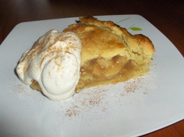 Reseptikuva: Mummo Ankan omenapiiras 1