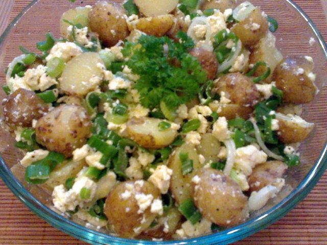 Reseptikuva: Feta-perunasalaatti 1