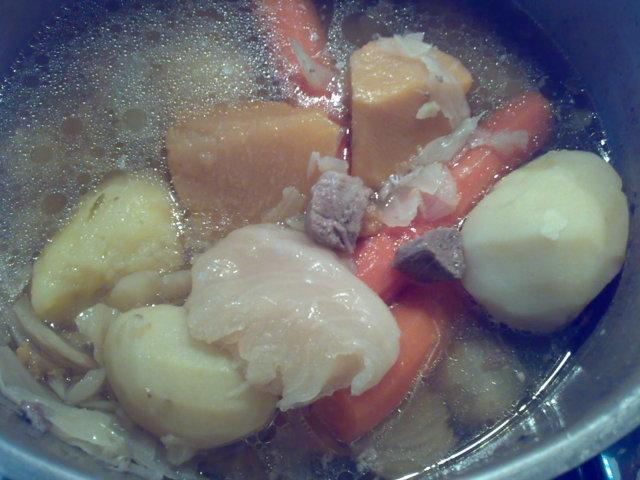 RM:n täydellinen keitto, iso annos 1