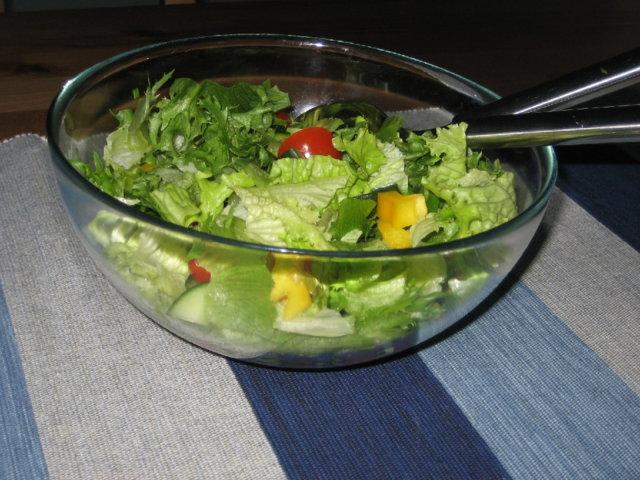 Heidelbeeren vihersalaatti 2
