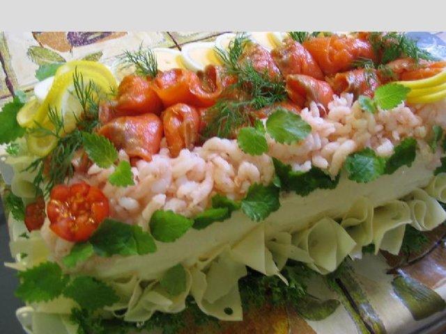 Voileipäkakku (kala)