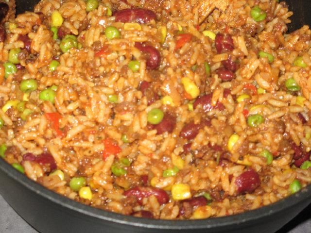 Reseptikuva: Nopea kasvissyöjän meksikonpata 1