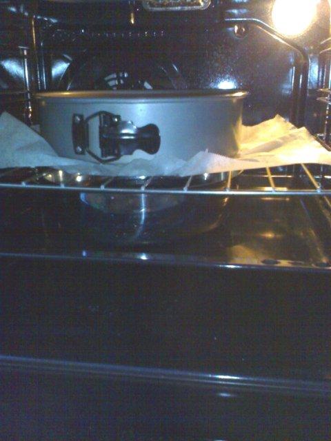 Raidallinen juustokakku 2