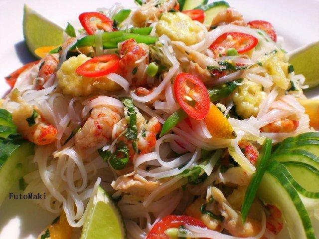 Reseptikuva: Kesäinen Thaisalaatti 1