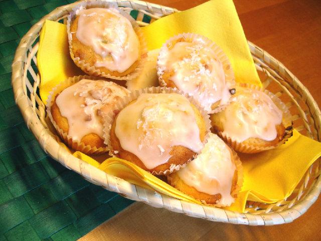 Sitruuna-kookos muffinssit