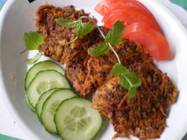 Porkkana-soijarouhepihvit. Pestokastiketta(16.9.08)