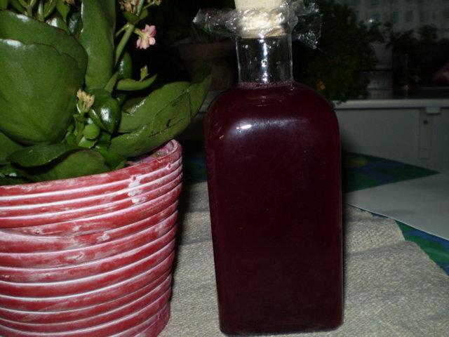 Tuoremehu punaisista viinimarjoista