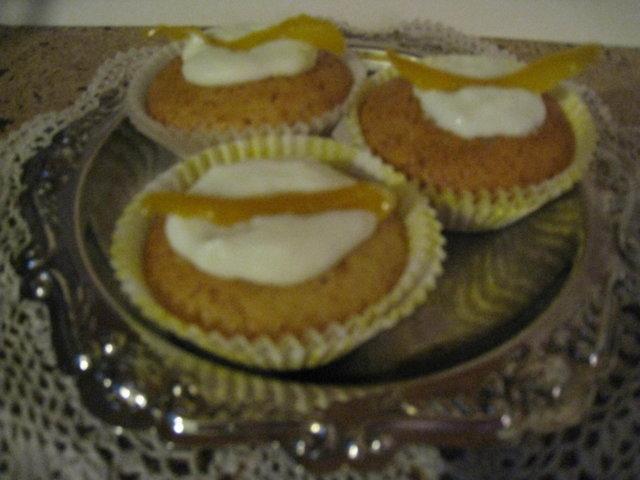 Sitruunarahkaiset muffinit 1