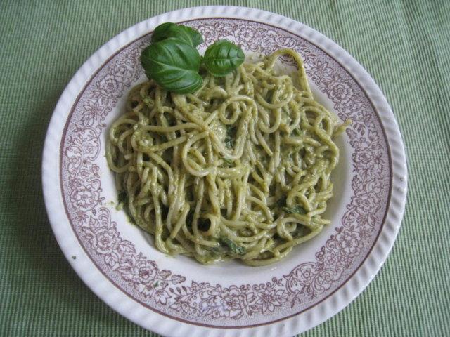 Taikayön spagetti