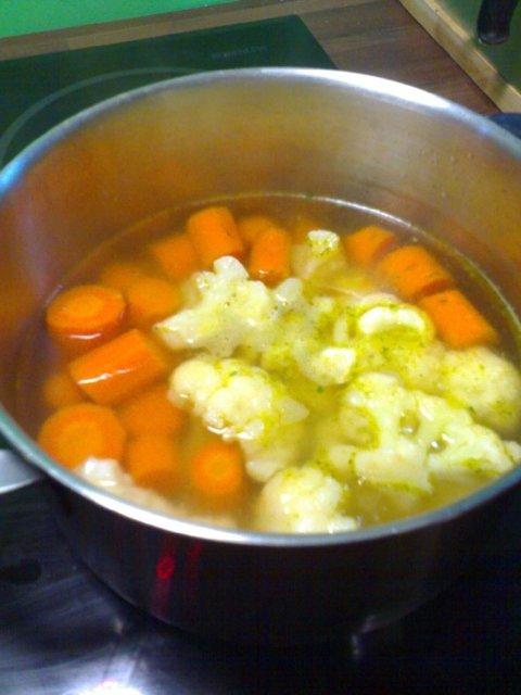 Reseptikuva: Kukkiva porkkanakeitto 2