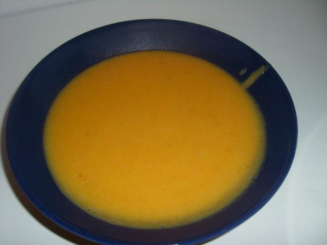 Porkkanasosekeitto