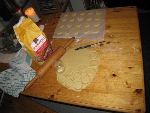 Suklaakuorrute Pikkuleivät 3