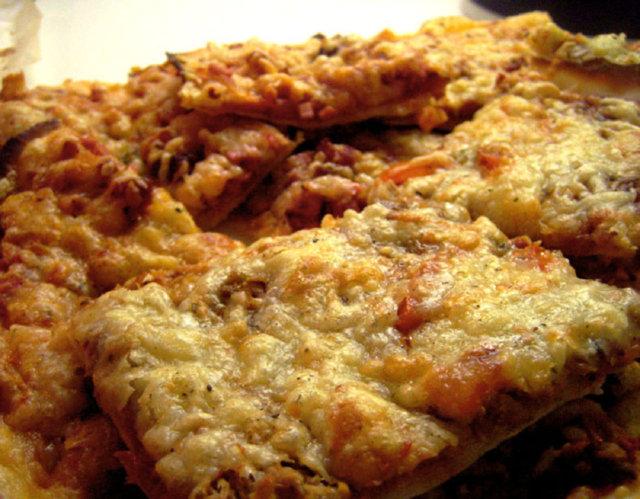helppo pizzapohja (gluteeniton) 1