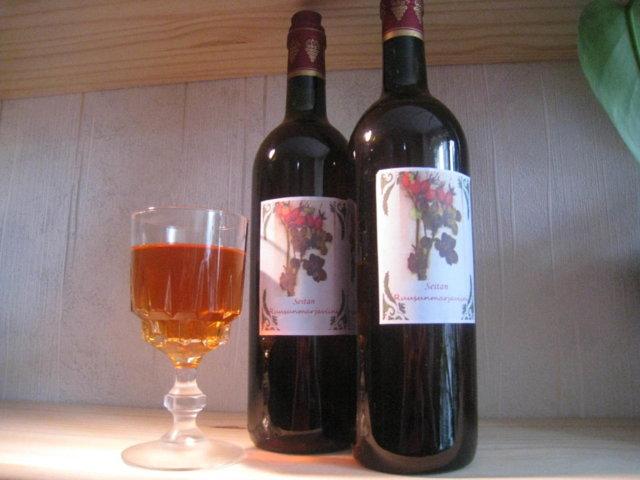 Reseptikuva: Seitan Ruusunmarjaviini 2