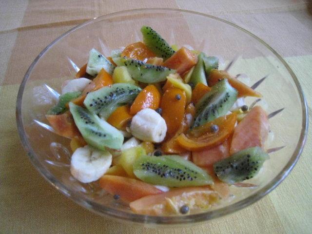 Eksoottinen Hedelmäsalaatti 2