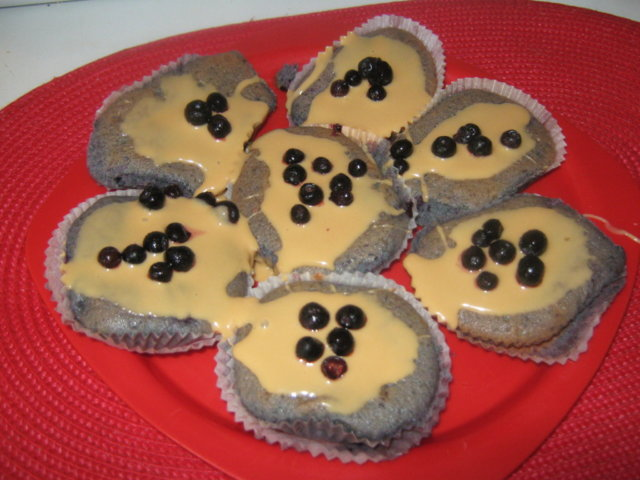 kinuskikuorrutetut-mustikkamuffinit 1