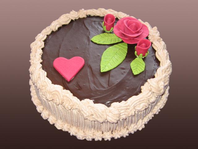 Suklaa-vadelmatäytekakku 1