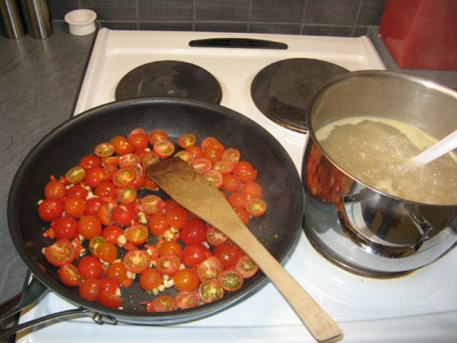 Tomaatti-vuohenjuustopasta 3