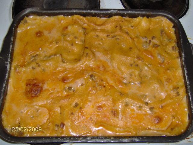 Jauheliha-lasagne