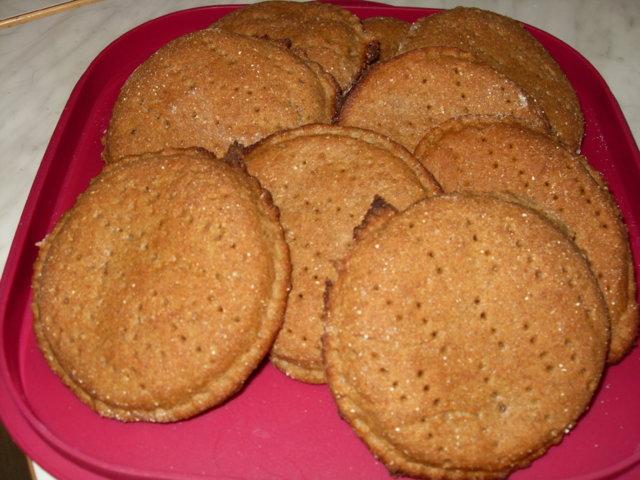 Helpot ruisleipäset (n. 12 kpl) 1