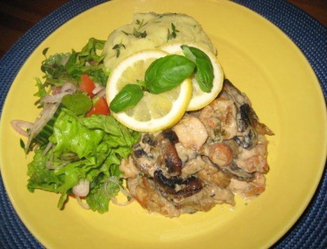 Reseptikuva: Sitruuna- Herkkusienikalkkuna  Wääksyn kartanon  salaatilla 2