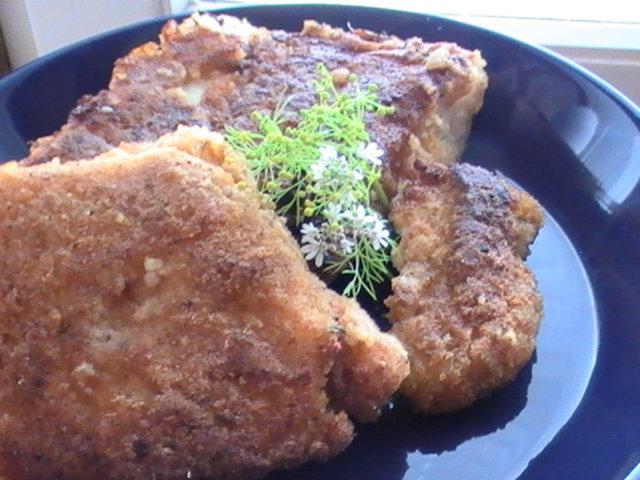 Paistettua kalaa leivitettynä 1