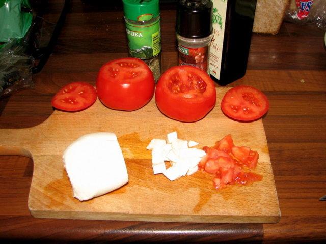 Tomaatti-Mozzarella