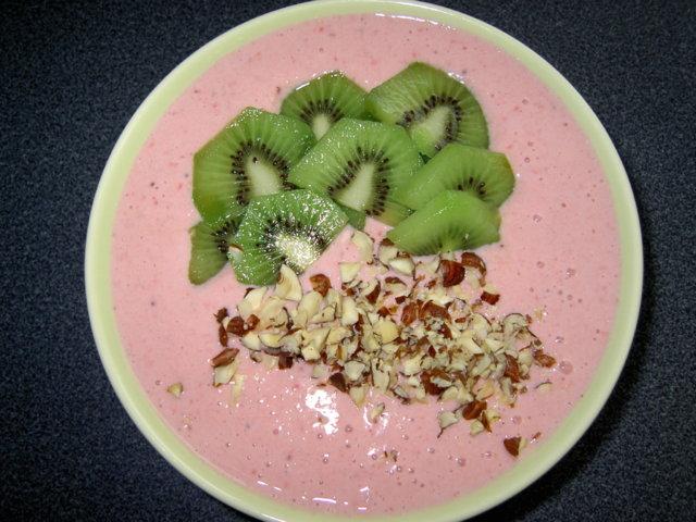 Reseptikuva: Hedelmäinen jogurttirahka-aamupala 1