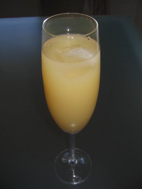 Pommeau -tyyppinen drinkki 1