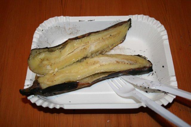 Banaania nuotiolla
