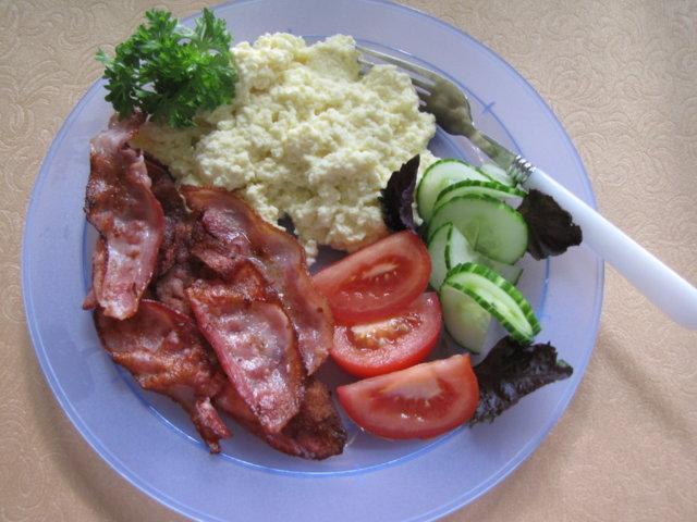 Reseptikuva: Munakokkelia / Pekonia aamiaiseksi 2