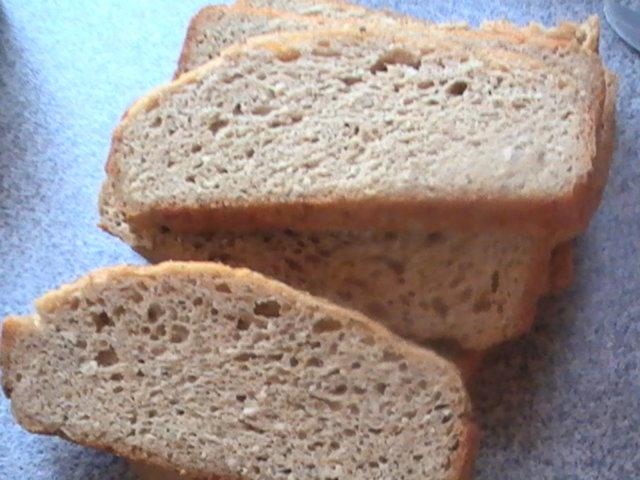 Low carb leipä, koneella