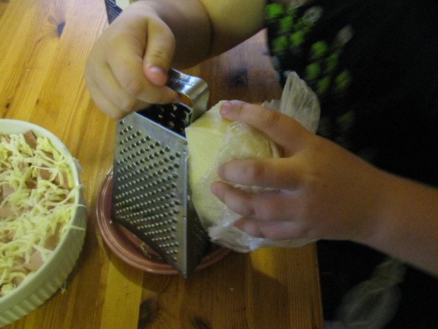 jämäpäivän perunamuussi-lenkkilaatikko 2