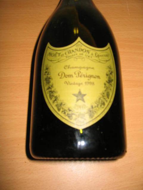 Lakkarahka samppanjalla 2